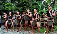 Lễ hội mừng lúa mới của đồng bào dân tộc Xơ Đăng