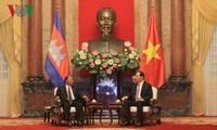 Chủ tịch nước Trần Đại Quang tiếp Chủ tịch Quốc hội Campuchia Samdech Heng Samrin