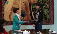 Nữ sinh Việt Nam tại Nga đoạt điểm Vàng trong kỳ thi tốt nghiệp THPT