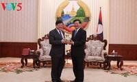 Thủ tướng Lào đánh giá cao sự hỗ trợ và giúp đỡ của Đài Tiếng nói Việt Nam