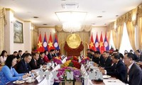 Phó Chủ tịch nước Đặng Thị Ngọc Thịnh thăm CHDCND Lào
