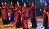 Das Tourismusprogramm und die Feier zur Ehrung des Xoan-Gesangs in Phu-Tho
