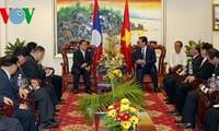 Premierminister Nguyen Tan Dung lobt die Freundschaft zwischen Vietnam und Lao