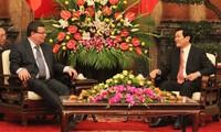 Staatspräsident Truong Tan Sang empfängt den tschechischen Verteidigungsminister