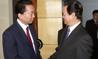 Premierminister Dung trifft Ex-Premierminister Japans