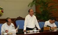 Vize-Premierminister Nguyen Xuan Phuc tagt zur städtischen Verwaltungen