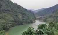 Reise auf dem Fluss Ba Che in Quang Ninh