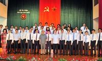 Parlamentspräsident Nguyen Sinh Hung tagt mit der Staatskasse