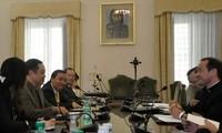 Eine Delegation der Religionskommission der vietnamesischen Regierung besucht den Vatikan