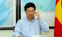 Vize-Premierminister Pham Binh Minh führt Telefonat mit dem chinesischen Staatskommissar Yang Jiechi