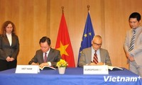 Vietnam und EU unterzeichnen PKA-Protokoll