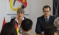 40. Jahrestag der Aufnahme diplomatischer Beziehungen zwischen Vietnam und Deutschland