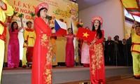 Feier zum 65. Jahrestag der Aufnahme diplomatischer Beziehung zwischen Vietnam und Tschechien