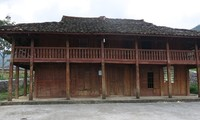 Einzigartige Kulturelemente der Volksgruppe Lo Lo im Kalkplateau Dong Van