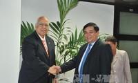 Minister für Planung und Investition Nguyen Chi Dung zu Gast in Kuba