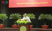 Staatspräsident trifft Unternehmer in Ho Chi Minh Stadt