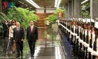 Der kubanische Staatschef empfängt Staatspräsident Tran Dai Quang