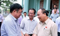 Premierminister Nguyen Xuan Phuc trifft Wähler in Hai Phong