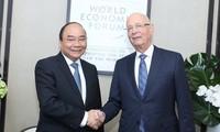 Premierminister Nguyen Xuan Phuc nimmt an Aktivitäten des Weltwirtschaftsforums in Davos teil