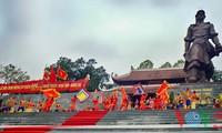 Dong Da-Hügelfest: Darstellung des historischen Kampfes gegen die Eroberung