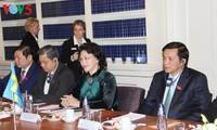 Parlamentspräsidentin Nguyen Thi Kim Ngan führt Gespräch mit ihrem schwedischen Amtskollegen