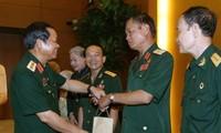 Vize-Parlamentspräsident Do Ba Ty trifft Mitglieder des Verbands der ehemaligen Soldaten Truong Son