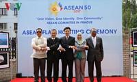Feier zum 50. Gründungstag von ASEAN in verschiedenen Ländern
