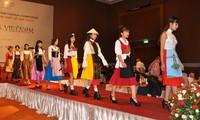 Das österreichische Dirndl im vietnamesischen Stil