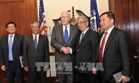 Nguyen Chi Vinh misst dem Dialog zur Verteidigungspolitik zwischen Vietnam und den USA bei