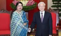 Nguyen Phu Trong reçoit Shirin Sharmin Chaudhury