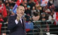 La Turquie et les Emirats Arabes Unis contre Donald Trump