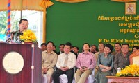 พิธีเปิดโรงงานผลิตปุ๋ย Năm Sao กัมพูชาที่เวียดนามเป็นผู้อุปถัมภ์