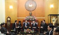 ประธานแนวร่วมปิตุภูมิเวียดนามให้การต้อนรับรองประธานแนวร่วมจีน
