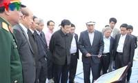 ประธานประเทศตรวจสอบกิจการก่อสร้างท่าเรือประตูสู่ต่างประเทศไฮฟอง
