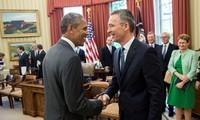 สหรัฐและนาโต้ให้คำมั่นที่จะร่วมมือเพื่อต่อต้านกลุ่มไอเอส