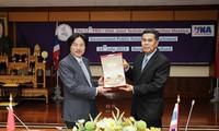 กระชับความร่วมมือระหว่างสำนักข่าวเวียดนามกับกรมประชาสัมพันธ์ไทย