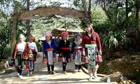 การพัฒนาการท่องเที่ยวชุมชนที่หมู่บ้านซินซุ้ยโห่ในจังหวัดลายโจว์