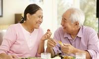 การดูแลและปกป้องผู้สูงอายุ