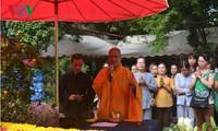 ชาวเวียดนามที่อาศัยในประเทศลาวสนใจการเลือกตั้งสมาชิกรัฐสภา