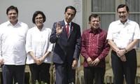 อินโดนีเซียปรับคณะรัฐมนตรีเพื่อกระตุ้นเศรษฐกิจ