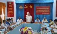 ประธานแนวร่วมปิตุภูมิเวียดนามอวยพรชนเผ่าเขมรจังหวัดจ่าวิงในโอกาสปีใหม่ Chol Chnam Thmay