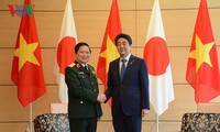 เวียดนามและญี่ปุ่นลงนามแถลงการณ์วิสัยทัศน์ร่วมเกี่ยวกับความร่วมมือด้านกลาโหม
