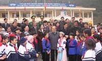 NA Chairman Nguyen Sinh Hung pays working visit to Cao Bang province