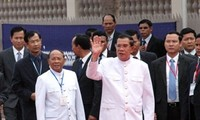 Chairman of the National Assembly of Cambodia pays an official visit to Vietnam