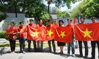Thai Vietnamese community opposes China's placement of its oil rig in Vietnam's continental shelf