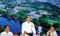 The Vietnamese government pledges to stand aside foreign investors