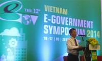 Symposium discussed E-government issues