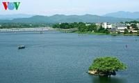Exploring romantic charm of Hue