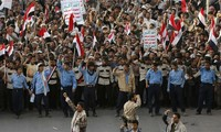Yemen on the verge of civil war, says UN envoy