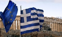 Greece proposes for extension of EU bailout